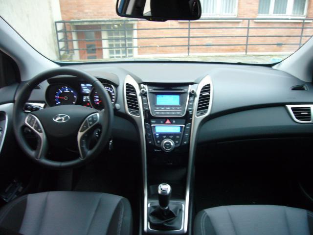 Hyundai i30 CRDi 128 ch P1030953-3534ffd